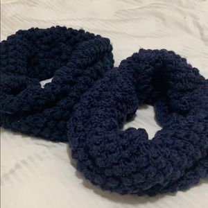 2 H&M Infinity Scarf Navy & Purple GOOD Condition